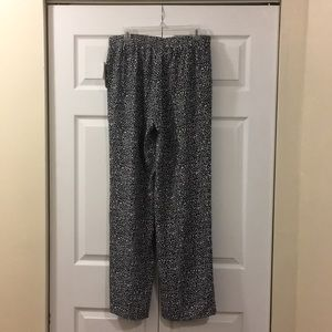 Michael Kors Pants - NWT Wide leg black and white Michael Kors pants.